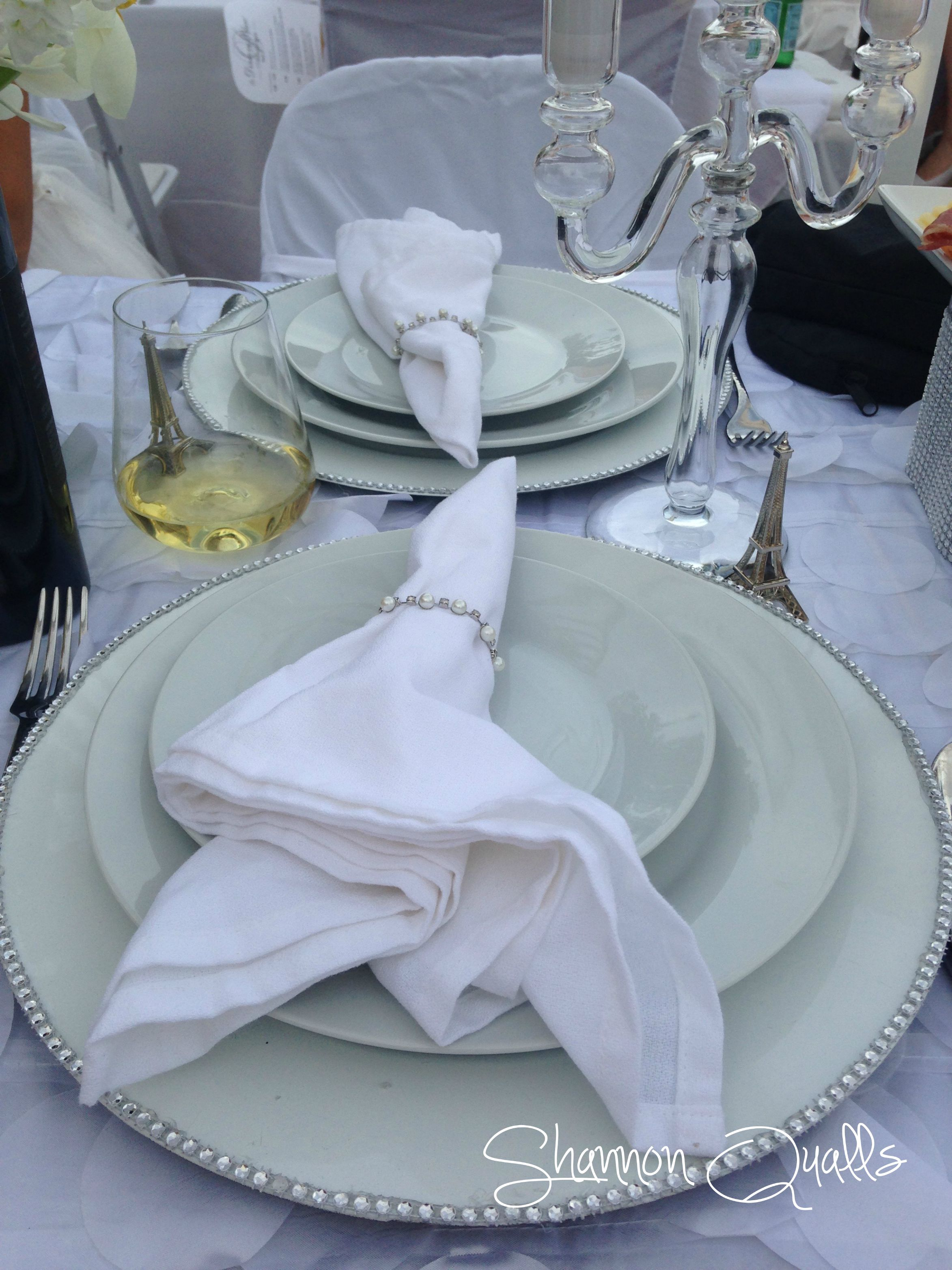 Diner en Blanc Tabletop Place Setting from shannonqualls.com