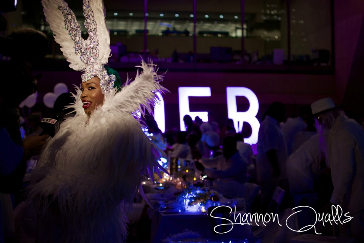 Diner en Blanc Dallas fashion from shannonqualls.com