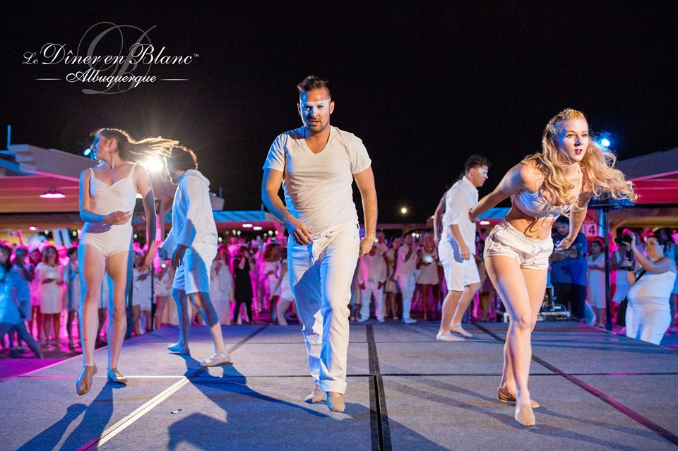 The second wow factor from Diner en Blanc Albuquerque- Photo Courtesy of DEB ABQ from shannonqualls.com