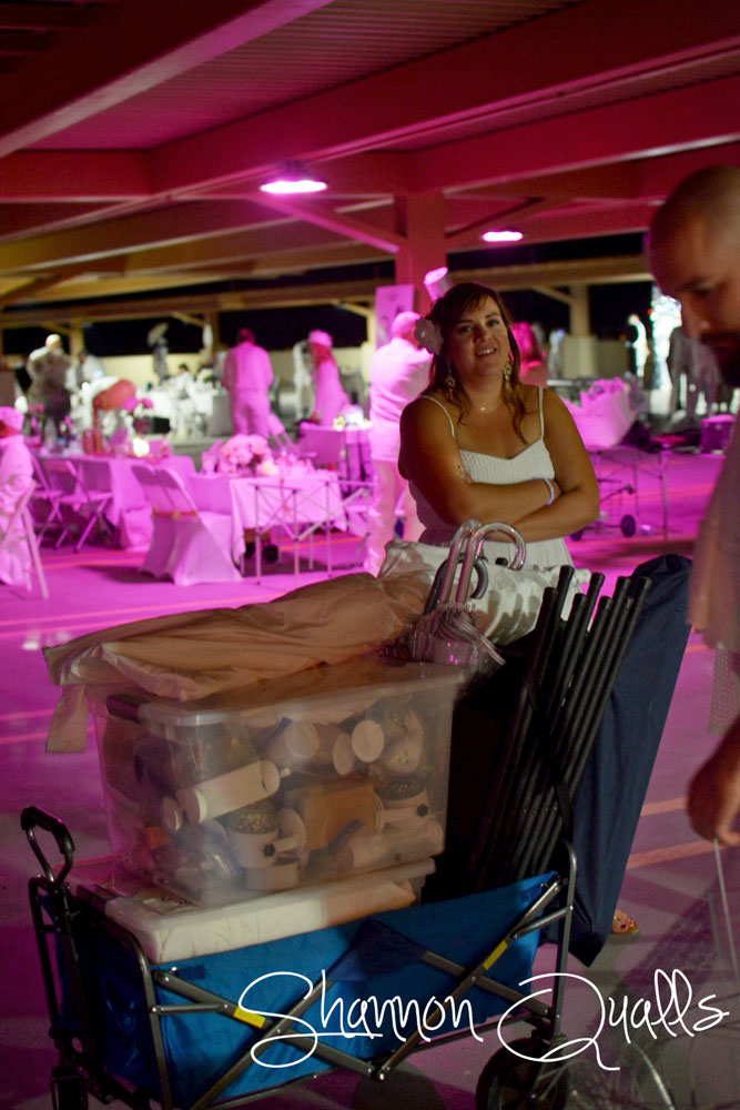 Packed up and ready to go at the end of Diner en Blanc from shannonqualls.com