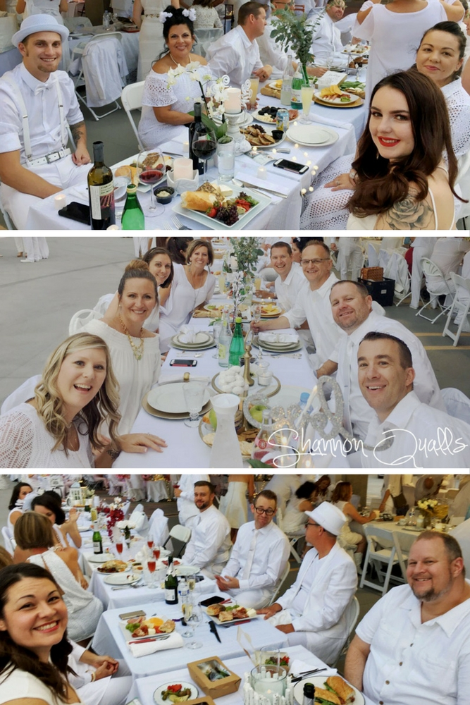 Q Bus peeps at Diner en Blanc Albuquerque from shannonqualls.com